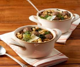 Zuppa di pasta e polpette ai funghi