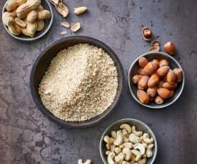 Noisettes, noix de cajou ou cacahuètes finement moulues (100 g)