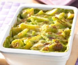 Kohlrabi-Kartoffel-Auflauf mit Basilikumsauce