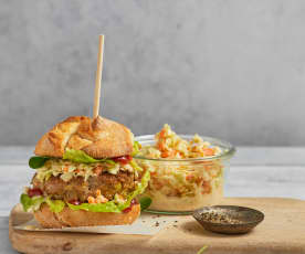 Hamburger et coleslaw