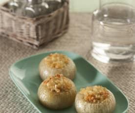 Cebollas rellenas de beicon y queso