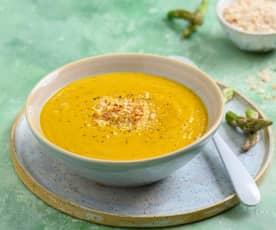 Sopa de cenoura e espargos com amêndoa
