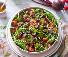 Ensalada de quinoa con remolacha y vinagreta de frambuesas