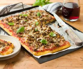 Polenta Pizza mit RUPP Rauchkäse Chili Paprika