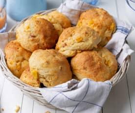 Panecillos de queso, maíz y jamón cocido