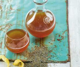 Chá gelado de limão e gengibre