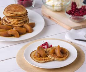 Tortitas integrales con manzanas a la vainilla y canela