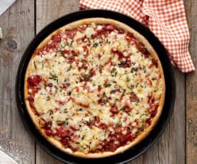 Roggenpizza mit Tomaten-Paprika-Sauce