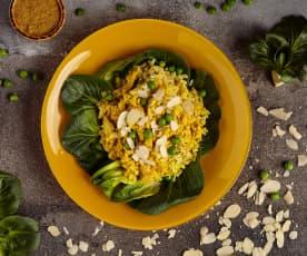 Insalata di riso con pollo al curry e cocco