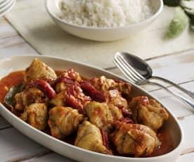 Pollo con tomate y pimiento morrón