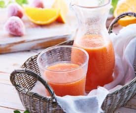 Mango-Orangen-Erdbeersaft