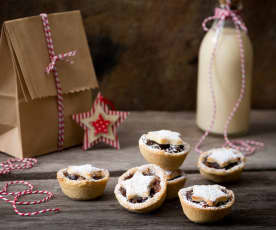 Fruity pear mince tarts