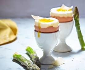 Uova alla coque con asparagi