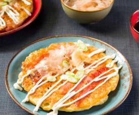 Okonomiyaki (tortitas japonesas)