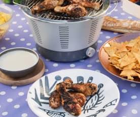 Muslos de pollo crispy cajún con salsa Alfredo