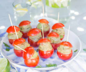 Tomates cocktail farcies au guacamole