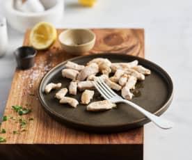 Delikatne rumienienie kurczaka (pokrojonego w paski)