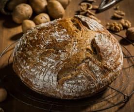 Pão de batata e nozes