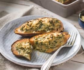 Batatas rellenas de atún y espinacas