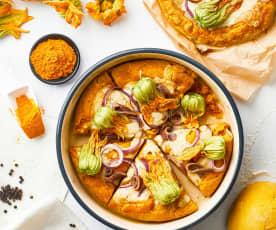 Pizza alla curcuma con acciughe, fiori di zucca e cipolle