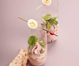 Mousse de jambon, épinards et œuf de caille