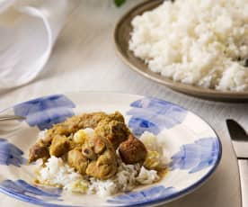 Conejo al curry con manzana