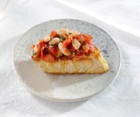 Bruschette mit Tomaten und Bohnen