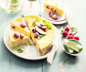Gâteau moelleux ricotta, citron vert et framboises