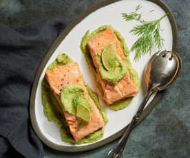 Sous-vide Salmon with Creamy Avocado