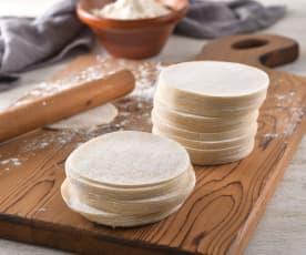 自製水餃皮與煮水餃