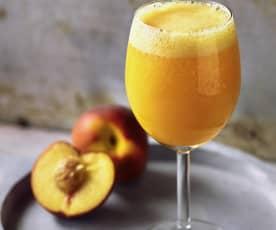 Pfirsich-Sekt-Cocktail