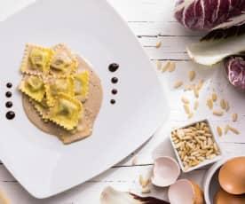 Ravioli al radicchio in crema di balsamico