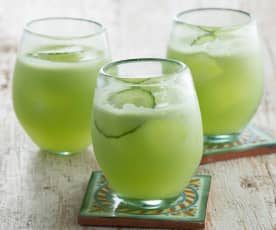 Gin and cucumber cooler