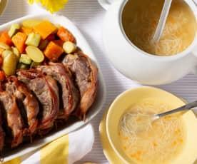 Menú: Sopa de verduras y asado de cerdo con guarnición de verduras