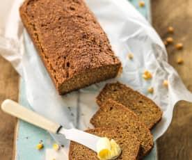 Bezglutenowy wieloziarnisty chleb z kukurydzy i kaszy gryczanej