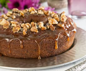 Soft date cake with walnuts