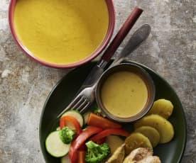 Menu avec velouté de légumes, poulet à la sauce moutarde et légumes vapeur