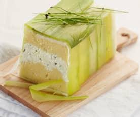 Polenta-Käse-Terrine im Porreemantel