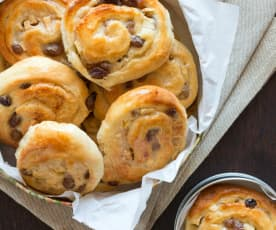 Sultana, apple and custard scrolls