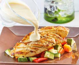 Pollo en mayonesa de ajonjolí tostado