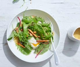 Œufs Onsen sur nid de salade