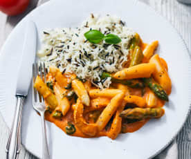 Spargel in Tomaten-Basilikum-Sauce