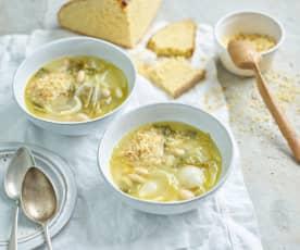 Sopa de feijão com couve-portuguesa