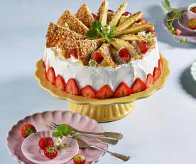 Joghurt-Erdbeer-Topfentorte