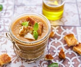 Gaspacho aux tomates et yaourt