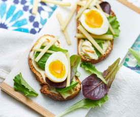 Tartine œuf mi-dur, mayonnaise aux agrumes et fromage