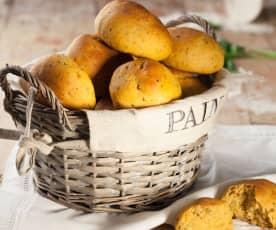 Panini basilico e pomodori secchi