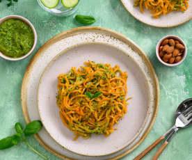 Espaguetis de batata con pesto de hierbas