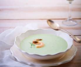 Sopa fría de pepino y camarones