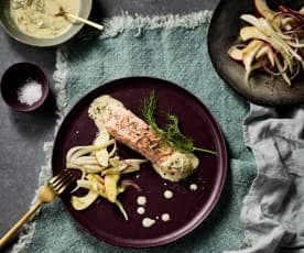 Salmon with fennel and apple salad
